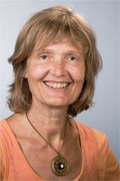 Nach Ende meines Studiums in Soziologie & Pädagogik, 1978, begann ich meine Berufslaufbahn zunächst als Referentin in der Erwachsenenbildung. - IngridWernerAstrologie